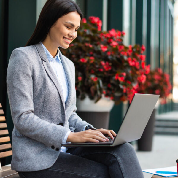 Co warto wiedzieć oLenovo ThinkBook 15 G3 ACL?